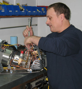 ACTOOLSOURCE technician Mike