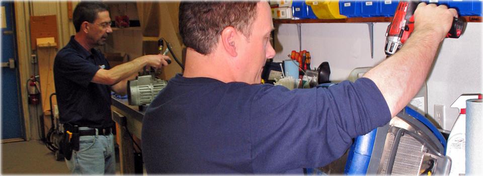 ACTOOLSOURCE service technicians
